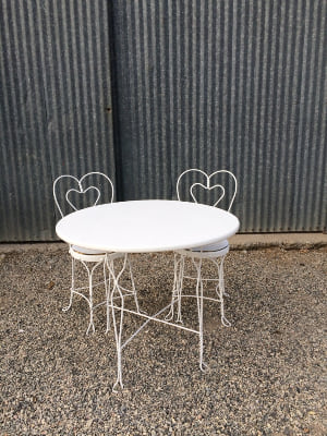 Sweetheart Table and Heart Chairs
