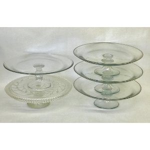 large clear glass cake stand 13 in