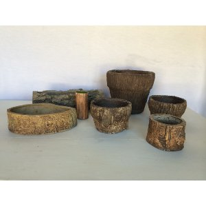 Faux bois Wood vessels