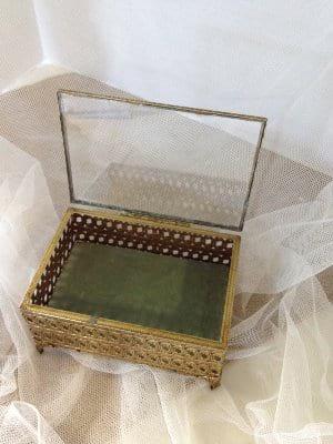 Glass Velvet Lined Ring Box