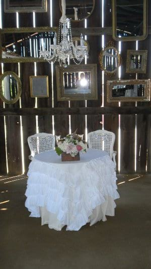 ruffled White tablecloth