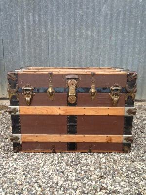 MELVIN LARGE BROWN TRUNK