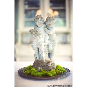 Cherub couple Statuary