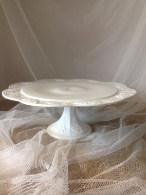 Milk Glass Large Scallop Cake Plate
