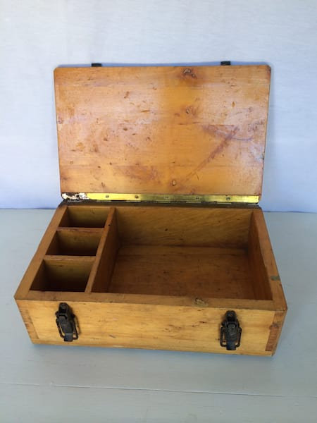 BRECK WOOD BOX