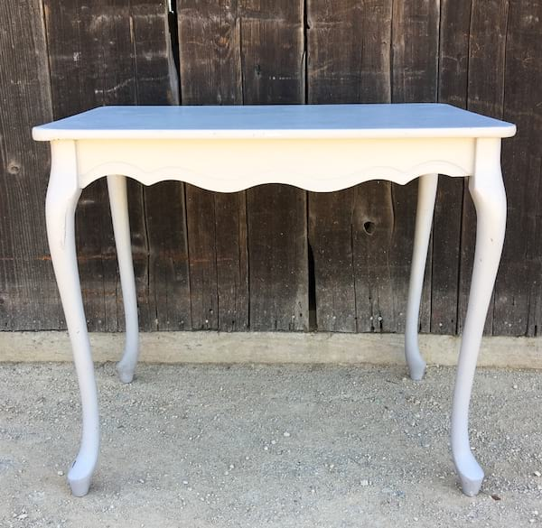GLORIA GRAY TABLE