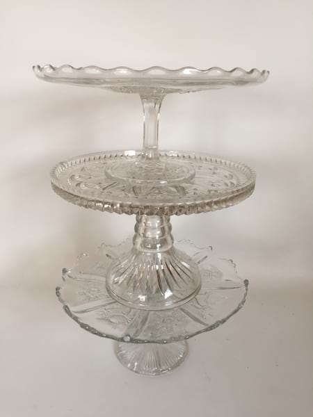 """small crystal cake stand 9"""""""