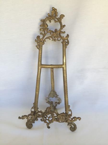 Fancy Brass Table Top Easel