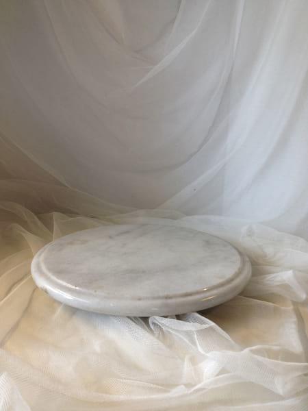 Round Marble Riser