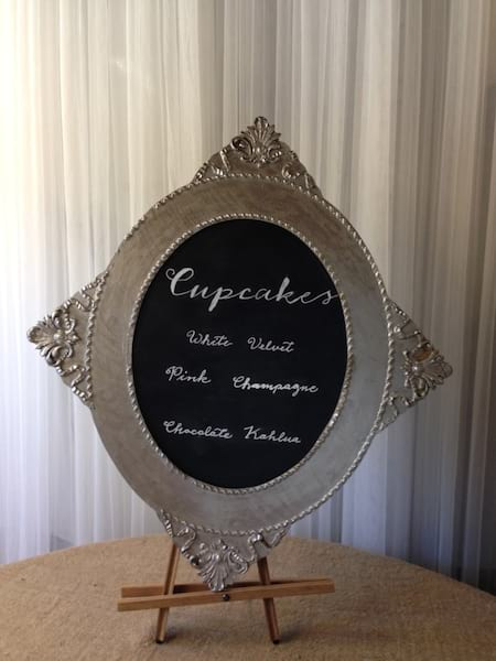 Silver Frame with Oval chalkboard