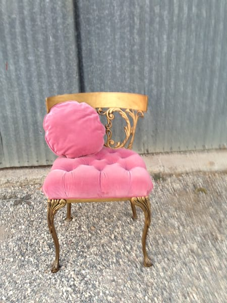 PENI PINK VELVET AND GOLD CHAIR