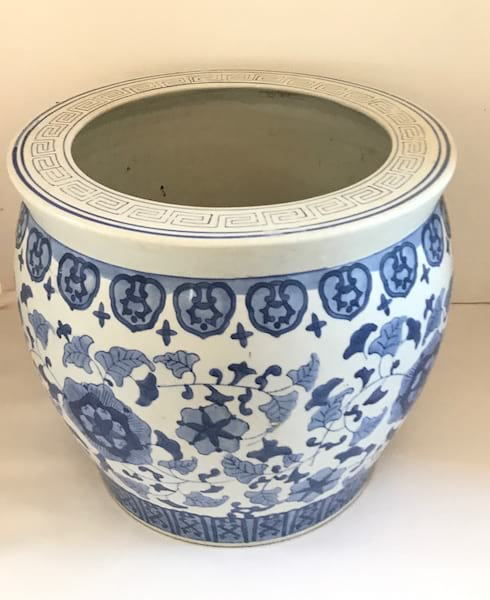 BLUE AND WHITE LARGE POT