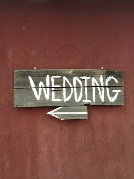 Wedding Sign with arrow