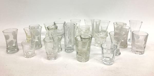 VICTORIA VINTAGE SHOT GLASSES