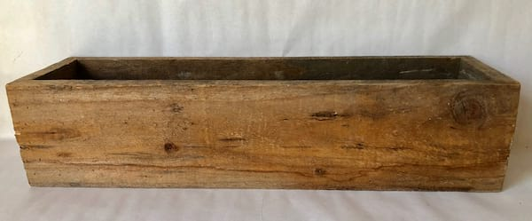 Long wood box