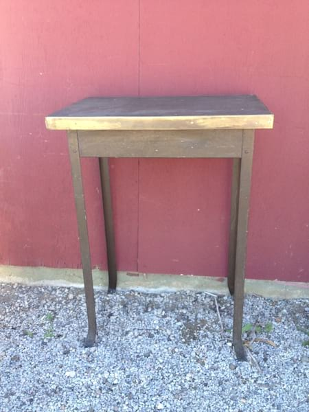 IRA INDUSTRIAL TABLE