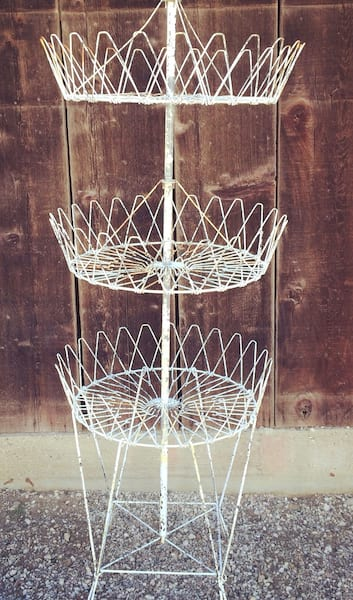 TIFFANY TIERED WIRE BASKET STAND