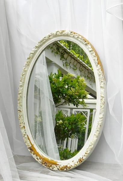 MADELINE White and gold Oval Mirror
