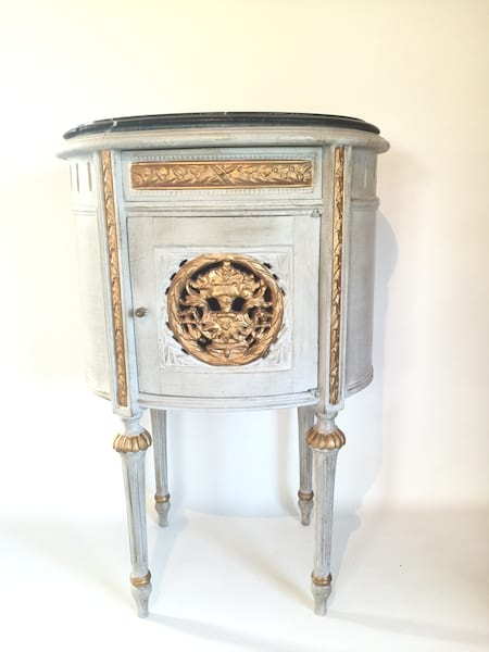 TRISTAN FRENCH SIDE TABLE