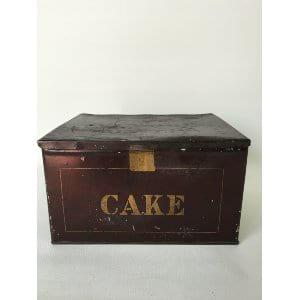 "Black ""cake"" box"
