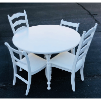 Simple White Round Table