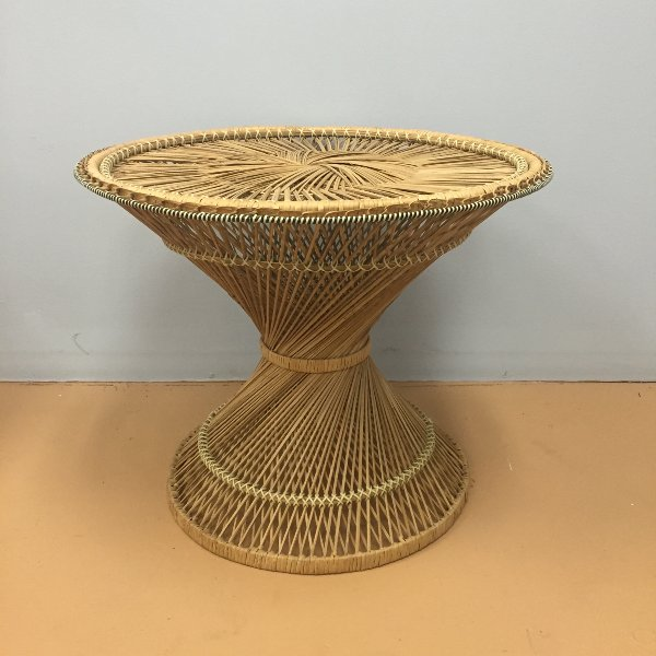 Vintage Round Twisted Rattan Accent Table