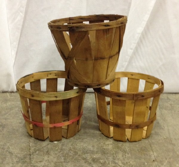 Set: Three Mini Bushel Baskets