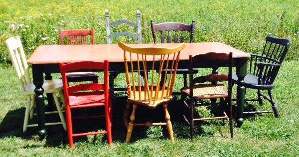 Green Apron Table, Seats 8