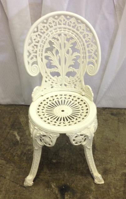 White Metal Vintage Garden Chair