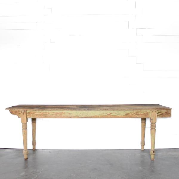 Leroy Table