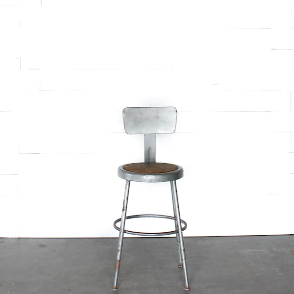 Fred stool