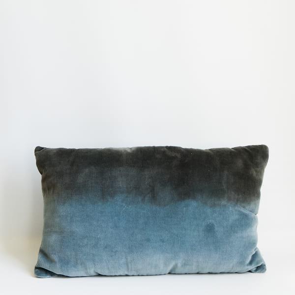 Pillow//Dip-Dyed Velvet (Lumbar)