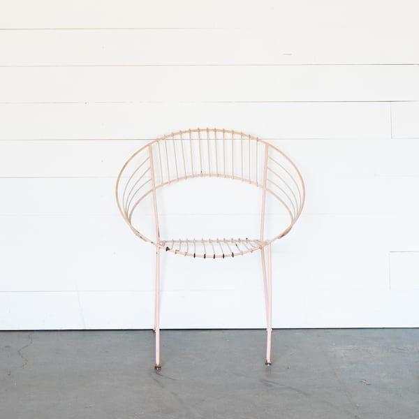 Wren Chair, Pink