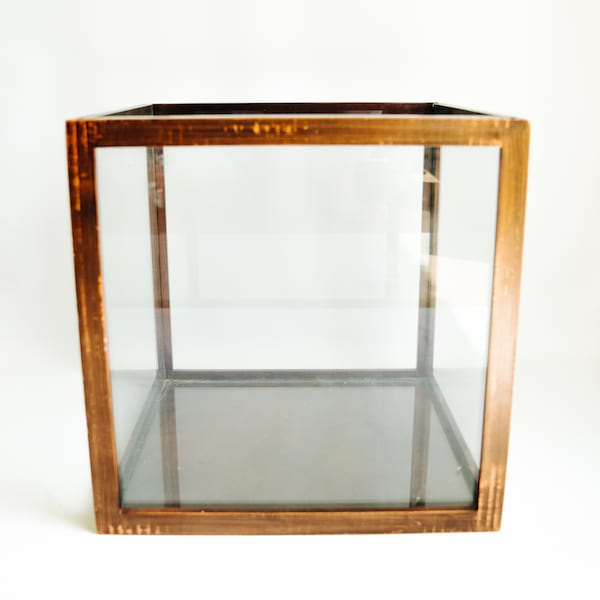 Glass Display Box, Cube