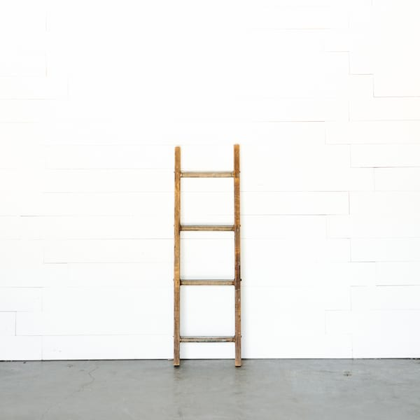 Robinson ladder // four rung