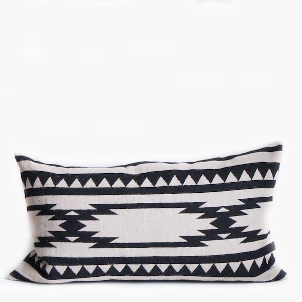 Pillow // Aztec Pattern