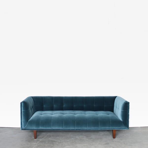 Sofa rental for wedding