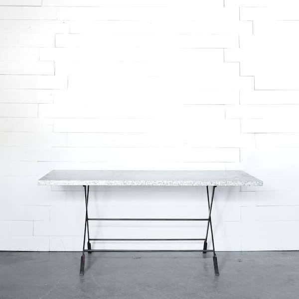 Zeke Table