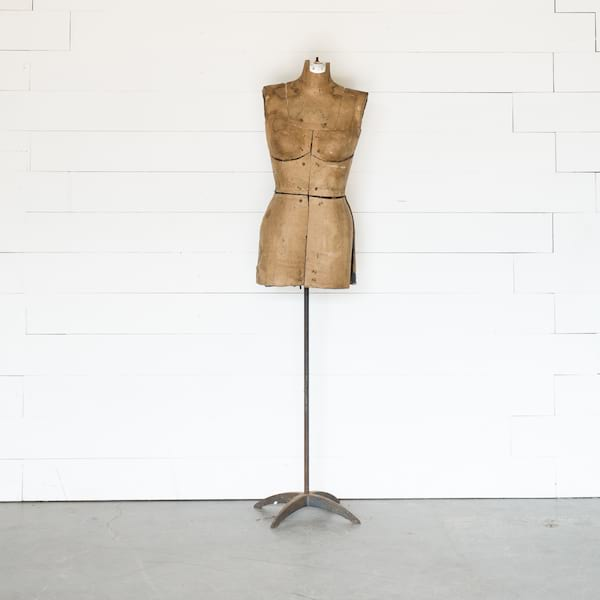 Ava Dress Form