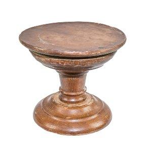 Grand Wooden Pedestal