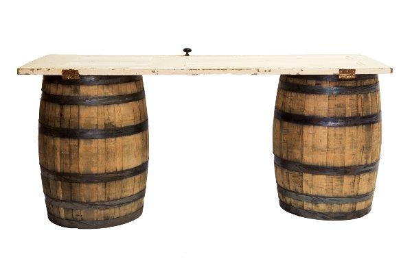 Barrel Table (White)