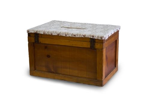 Wooden Trunk Cardbox