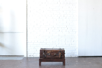 Cheney Suitcase & Stand