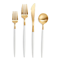 Cutlery, Glasses, Charger Plates