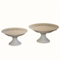 Ribbon Cake Stands