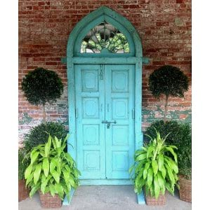 Dora - Vintage Door