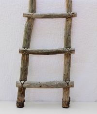 Rustic Ladder (Wood/Leather)