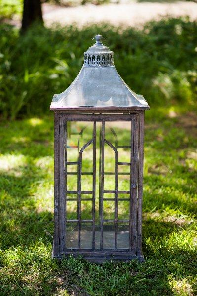 Giant Estate Lantern