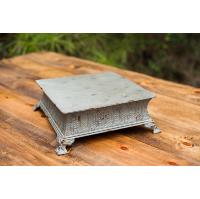 Medium Rustic Square Riser
