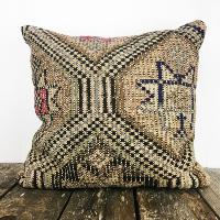 Vintage kilim pillow (tan)